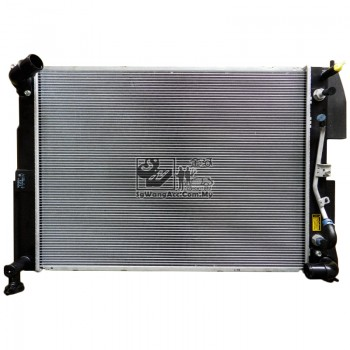 Toyota Harrier (240G) Engine Coolant Radiator